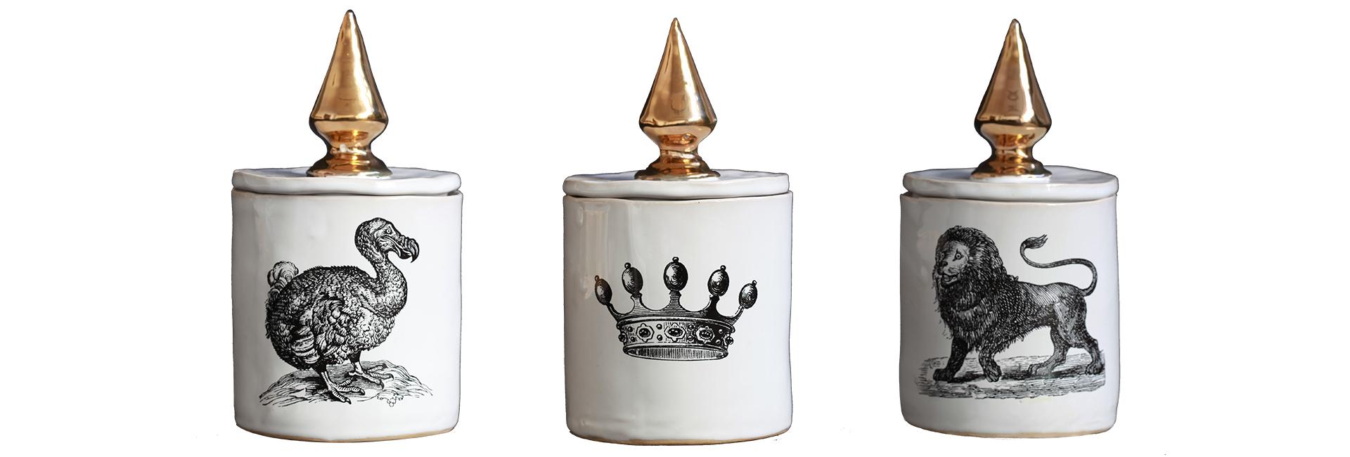 Première collection de bougies pour Apothecary Modern