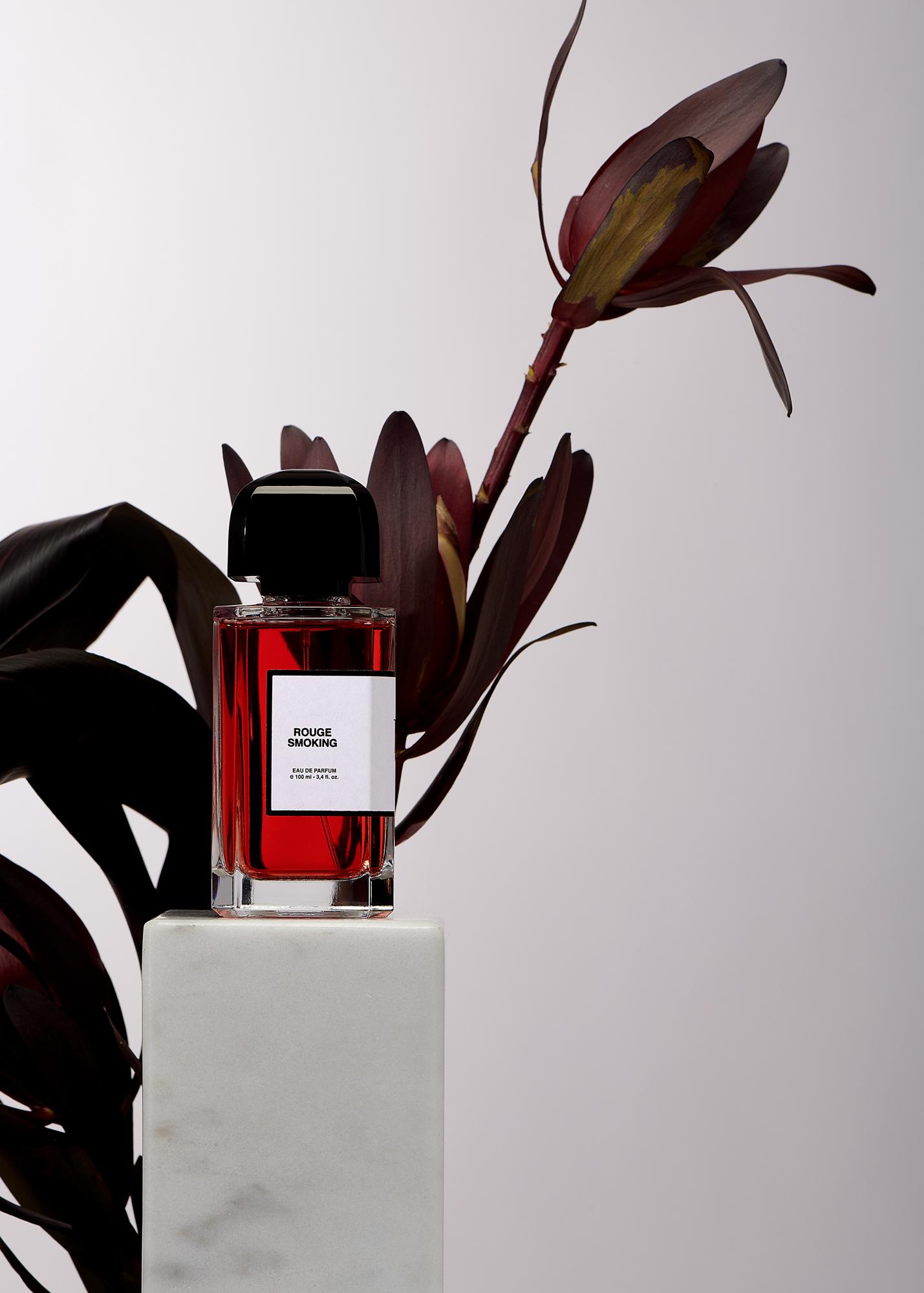 Rouge Smoking, hommage à la femme de Pigalle